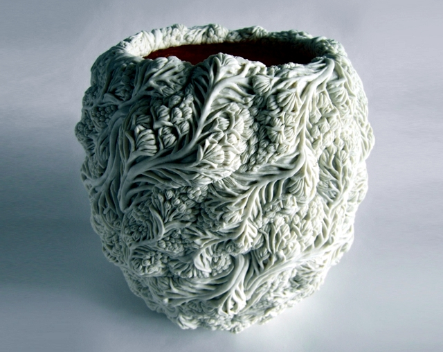 Porcelain Art - Decorative vases and pots with natural forms