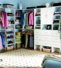 build-your-own-furniture-15-ideas-for-walk-in-0-519