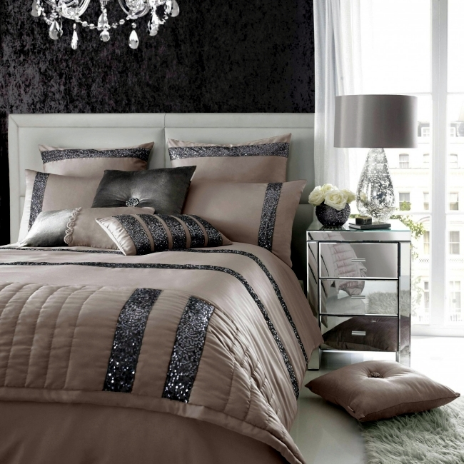 Luxury bedding Kylie Minogue – satin, sequins and elegant style ...