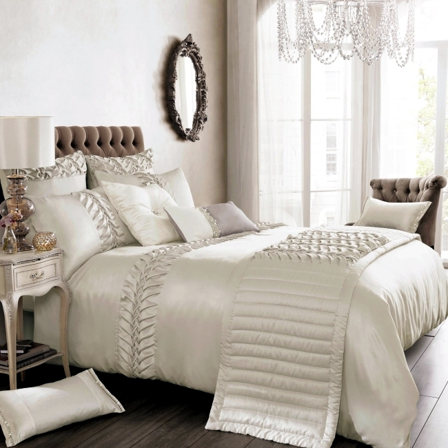 Design An Elegant Bedroom In 5 Easy Steps: Luxury Bedding Kylie Minogue