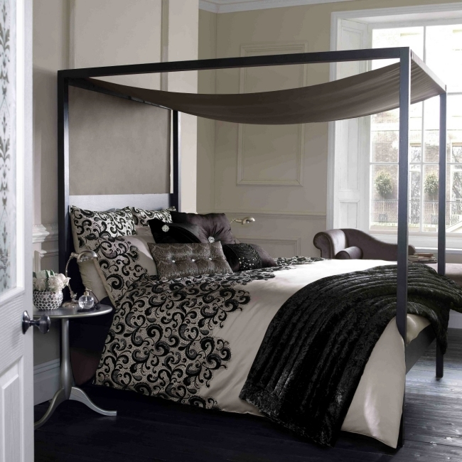 Fascinating Chic Bedroom Design