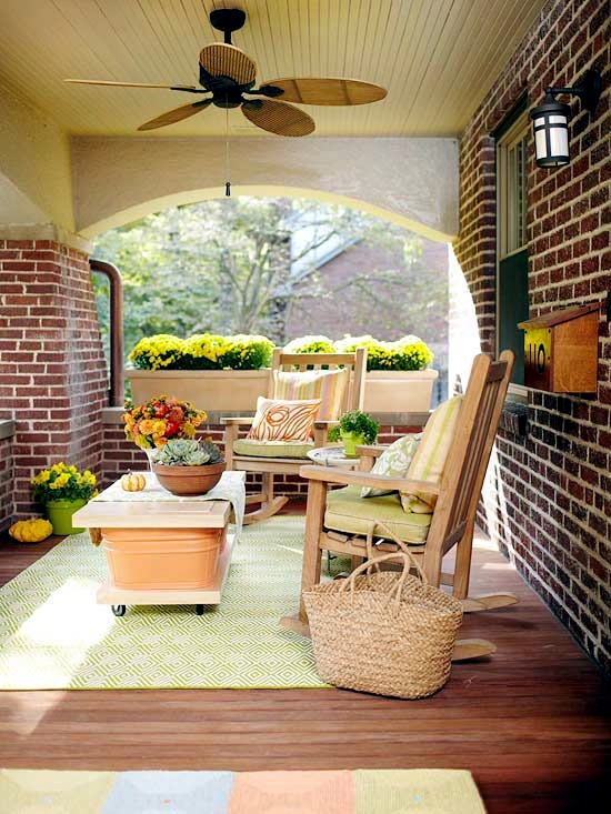 The wooden house covered porch - decorating ideas and design tips