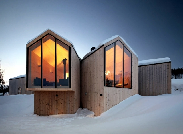 Modern Wooden House In Norway Offers A Breathtaking