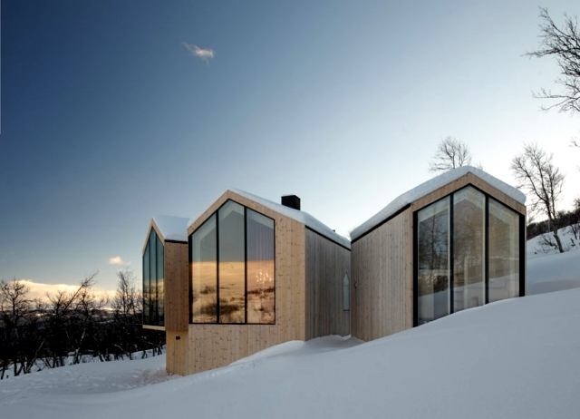 Modern wooden house in norway offers a breathtaking for Norway wooden houses
