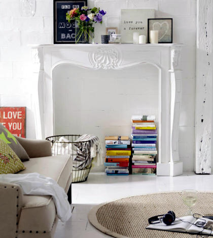 fake-fireplace-as-a-library-0-528