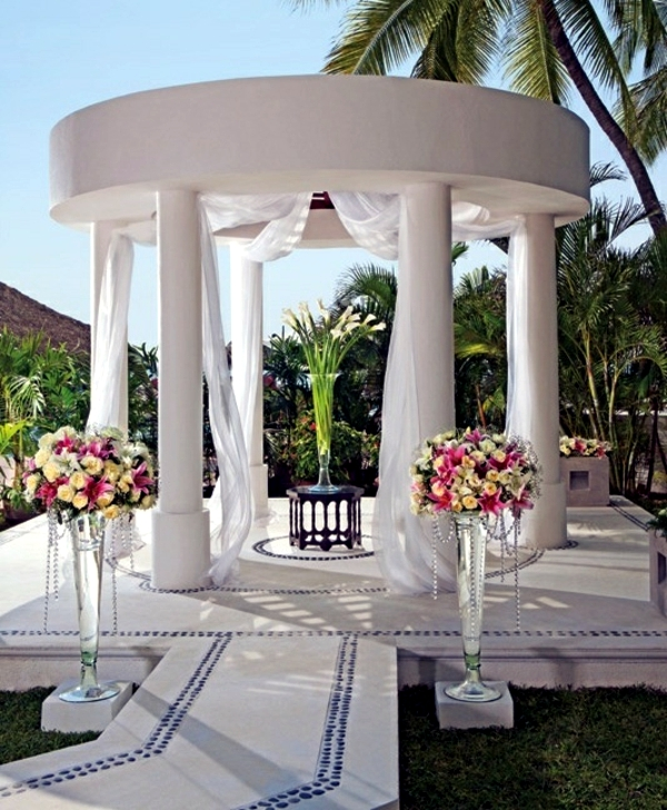 Construction Gazebo - the many functions of the pavilion in the garden