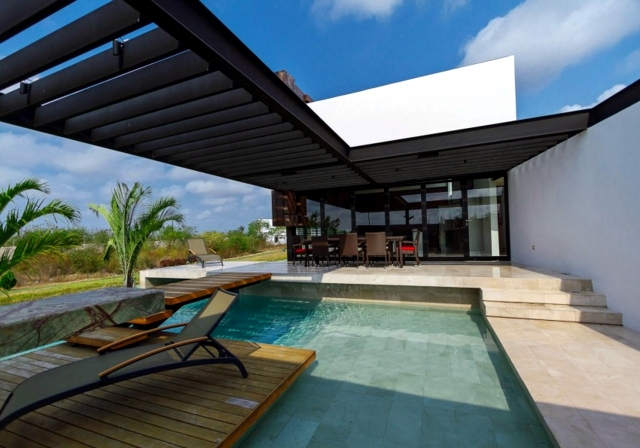 Holiday house with swimming pool - paradise of nature