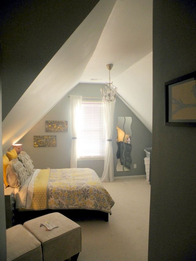 Sloped roof bedroom ideas for Room design roof