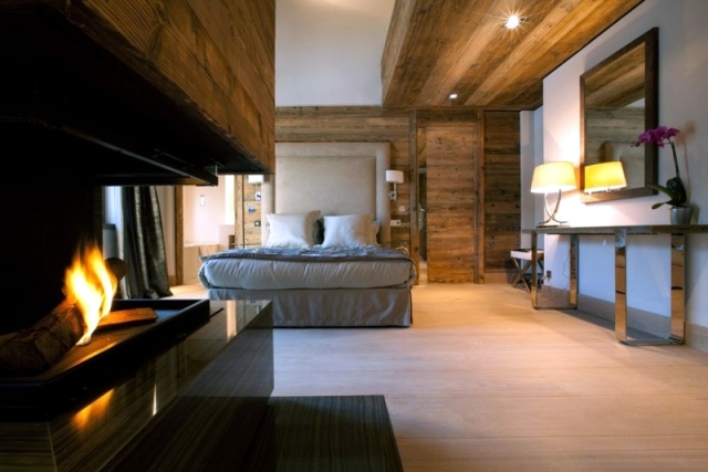 """Rustic and luxurious duplex apartment """"Frosty Winter"""" by Bo Design"""