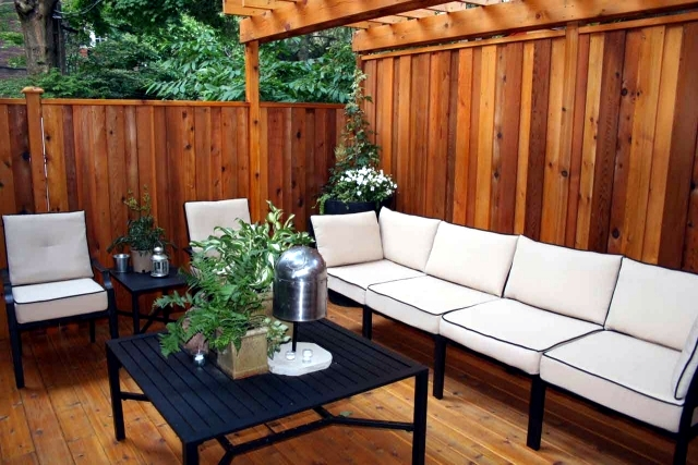 13 tips for privacy in the garden creating more intimacy for Privacy from neighbors ideas
