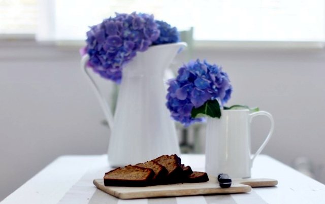Hydrangea Care - Tips and decorating ideas with beautiful flowers