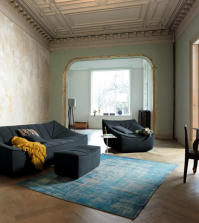 old-house-with-designer-sofa-and-armchairs-interpreted-in-modern-style-0-556