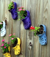 plantar-old-shoes-again-ideas-for-home-garden-planters-0-556