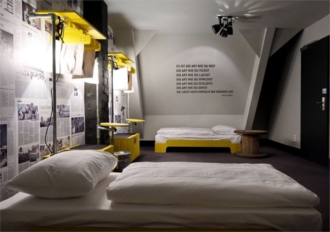 Hostel St.Pauli in Hamburg stunning design - a draft Dreimeta