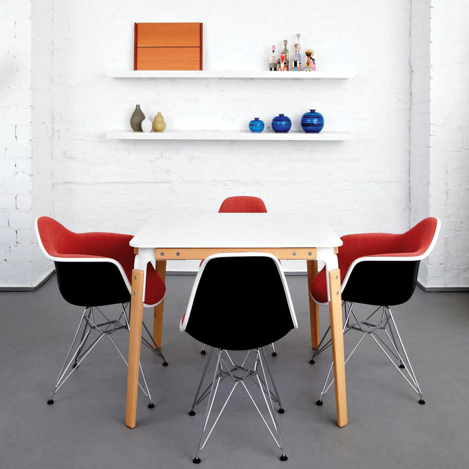 Eames Plastic Chairs By Charles amp Ray Interior