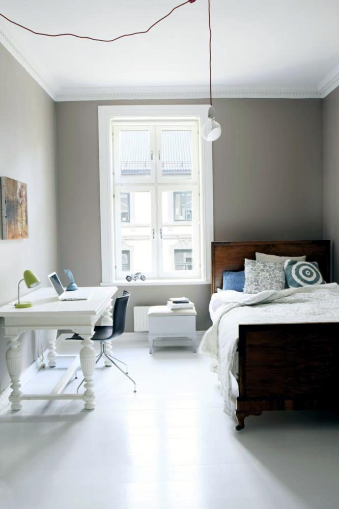Wooden Single Bed For Small Rooms Interior Design Ideas