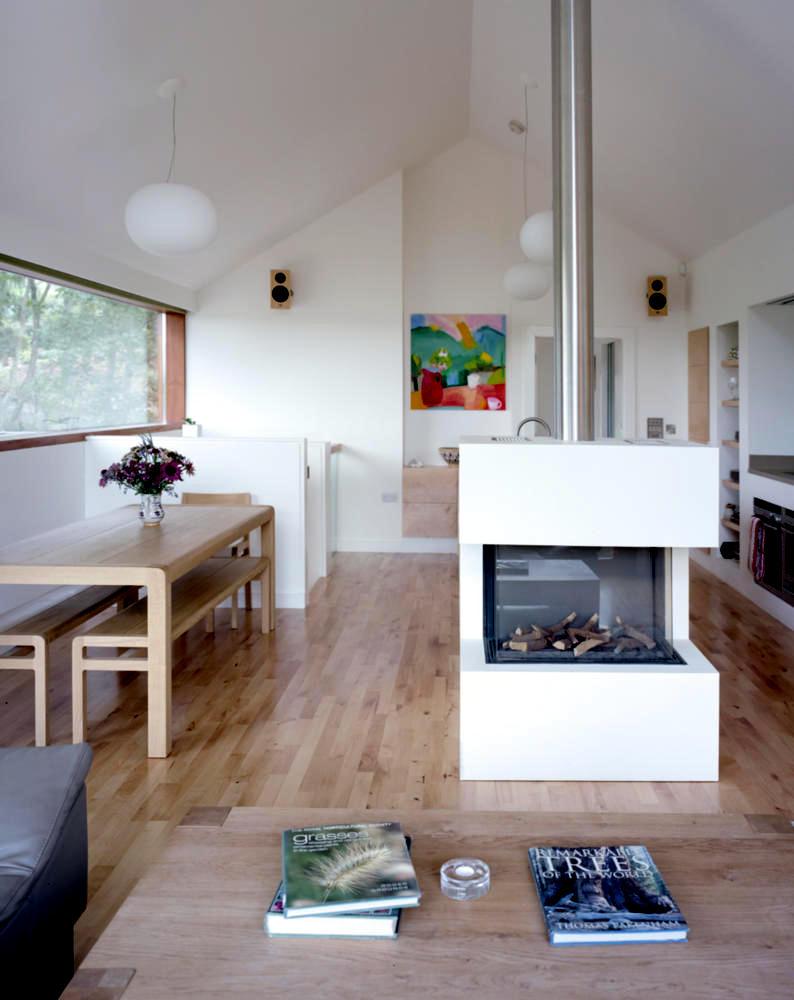 free standing fireplace interior design ideas ofdesign. Black Bedroom Furniture Sets. Home Design Ideas