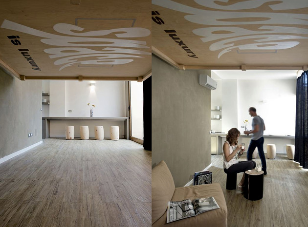 Cumbersome solution space - bed suspended from the ceiling