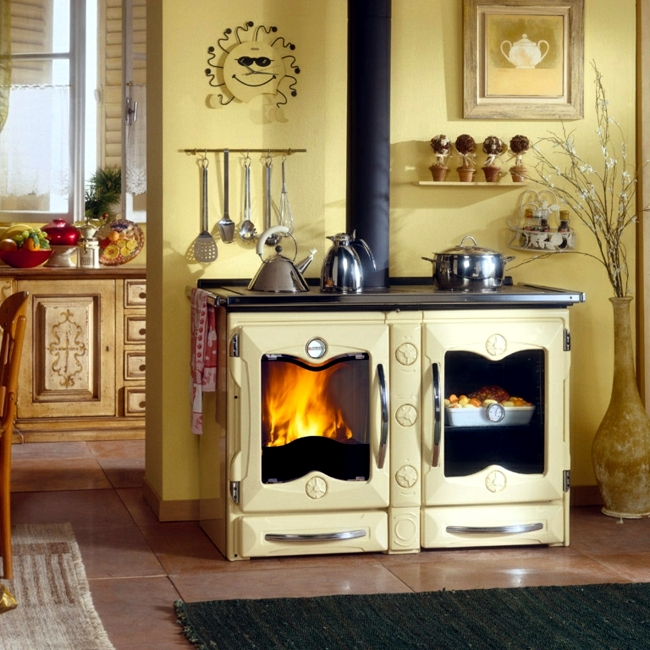 Stove with baking and cooking space