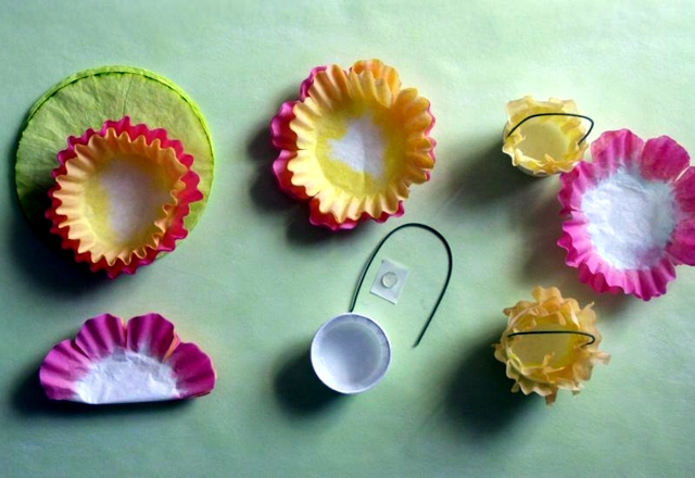Coffee filters Easter candy baskets manual tinkering fast