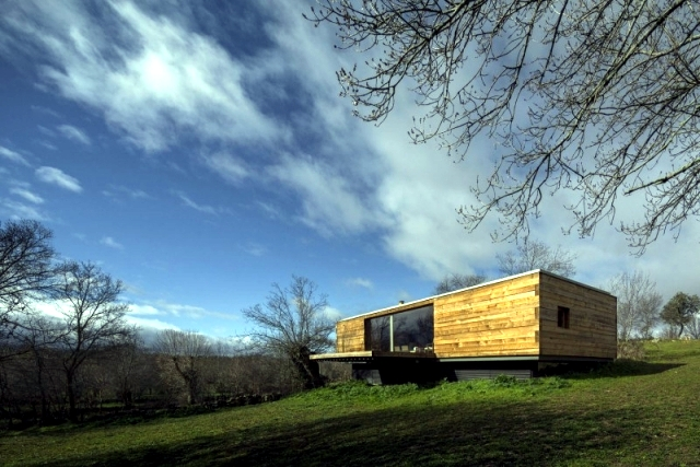 """Living in a glass timber and cozy lodge room - """"B"""" Casa"""