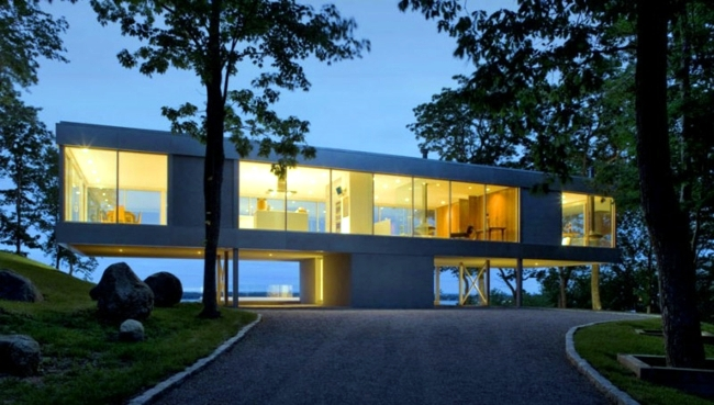 House of glass and steel - is the trend in new construction?