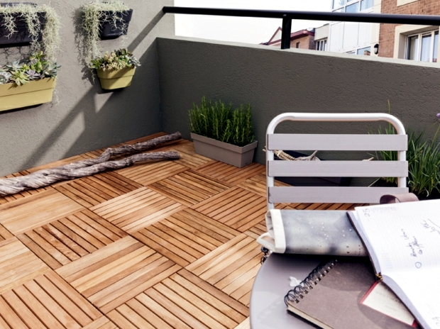 Wood tiles balcony why wood flooring is bang on trend for Uses of balcony