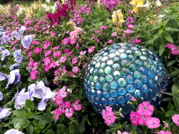 20 decorating ideas summer garden with you Bowlingkuggeln
