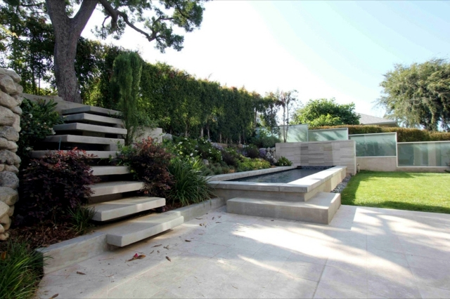 Modern concrete building stairs 22 ideas for interior for Exterior stone stairs design