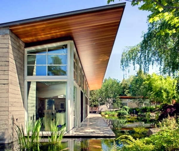 California Passive House With Garden And Loft Interior