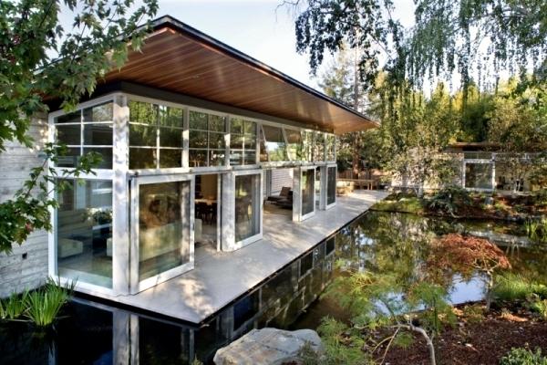 California Passive House With Garden And Loft Interior
