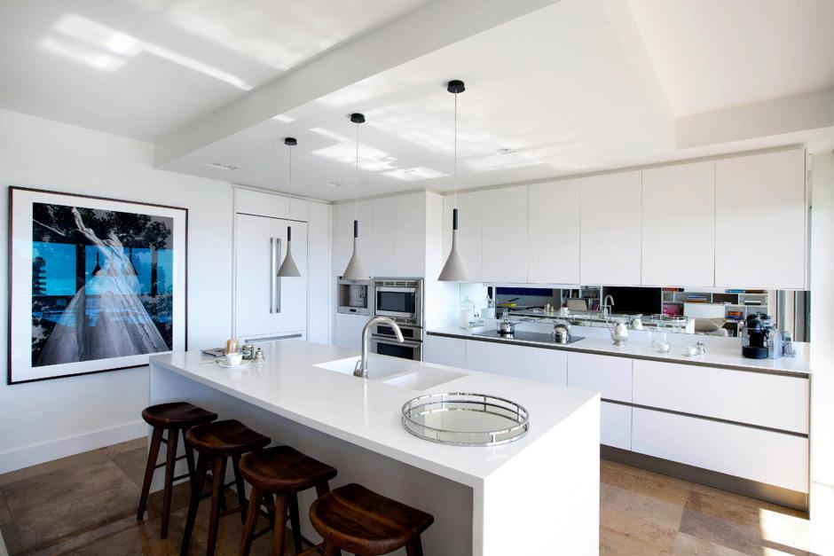Staging the Kitchen Interior Design Ideas Ofdesign : staging the kitchen 0 622 from www.ofdesign.net size 940 x 627 jpeg 67kB