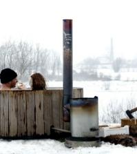 whirlpool-bath-wooden-outdoor-fun-0-630