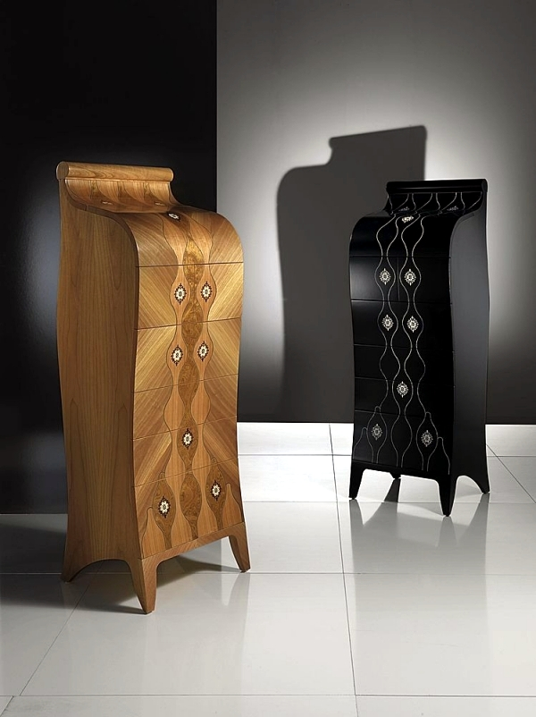 Design wooden chests - Contemporary design of antique furniture