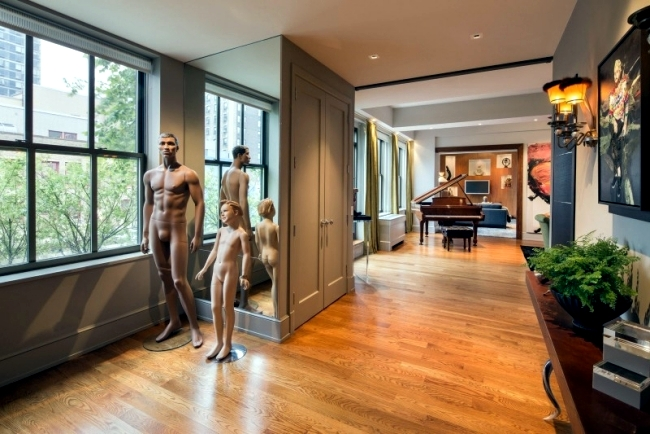 Elegant New York apartment extends to 371 m2 of living space