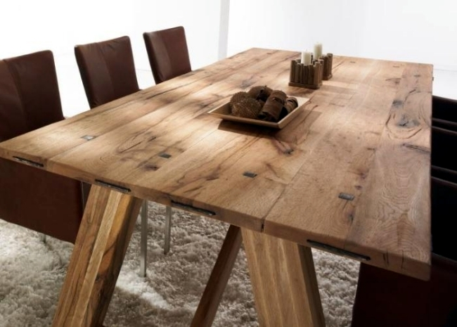Modern Dining Tables Solid Wood Provide A Warm Atmosphere