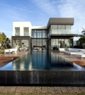 modern-house-with-pool-promises-a-good-time-outdoors-0-642