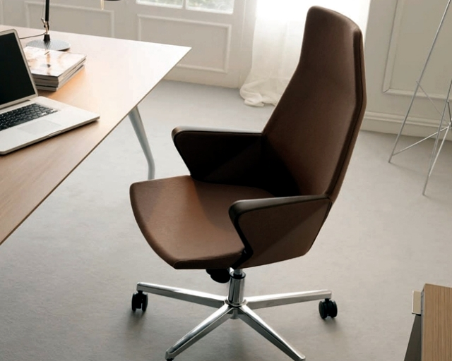 office chair by quintilian