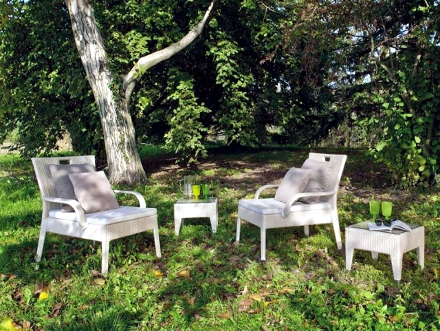 Patio furniture modern wicker lounge atmosphera italy for Outdoor furniture italy