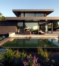 design-house-uses-light-as-an-essential-element-in-0-650