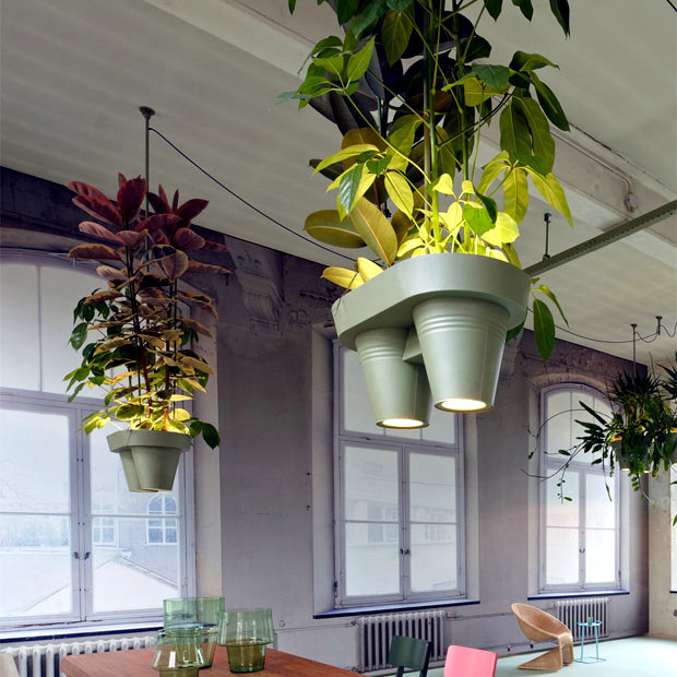 The aluminum housing of the lamp by Roderick Vos organize offices