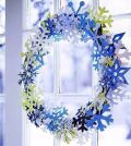 snowflakes-craft-and-decorate-the-apartment-for-christmas-nice-0-658