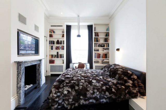 Apartment in London, with an eclectic interior in black and white