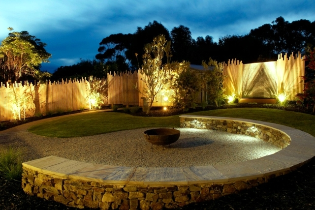 Use Functional Lighting Outdoor Garden