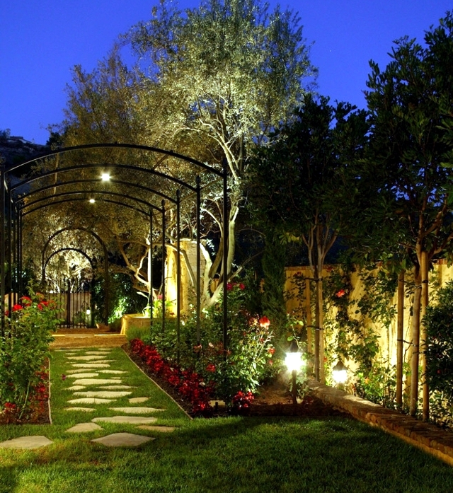 How do you use functional lighting outdoor garden