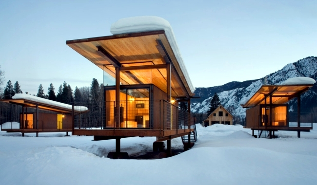 Modern Wheeled Cabins Offer A Cozy Atmosphere And Mountain