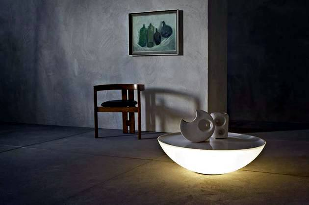 The sun shines Foscarini Table - Printer Indoor and Outdoor