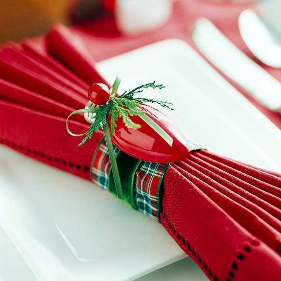 Christmas decorations Towels - special point of attraction on the table
