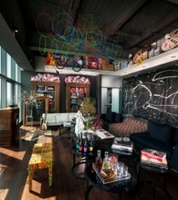 eclectic-furnishings-in-a-stunning-luxury-apartment-penthouse-0-677