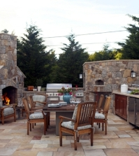 stone-barbecue-fireplace-the-highlight-in-the-garden-0-681